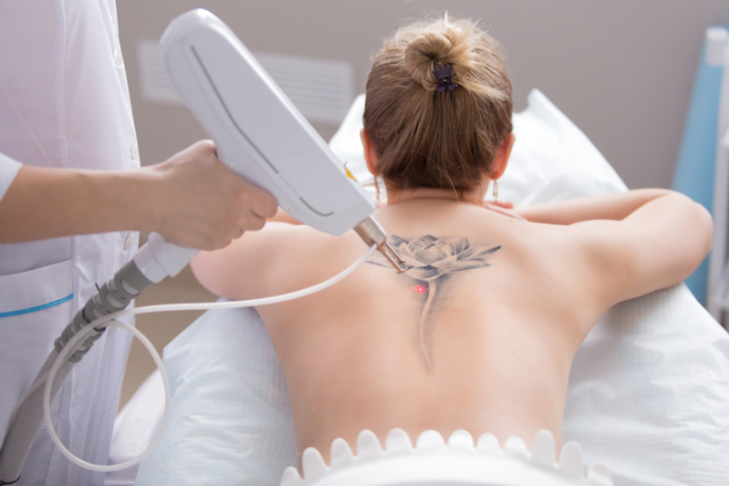 tatouage-discret-dos